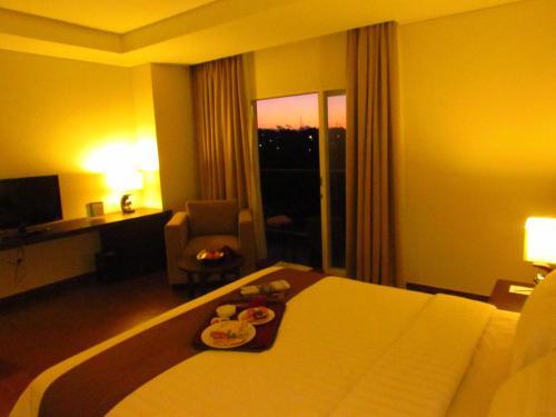 Padjadjaran Suites Hotel Bogor - room photo 4684494