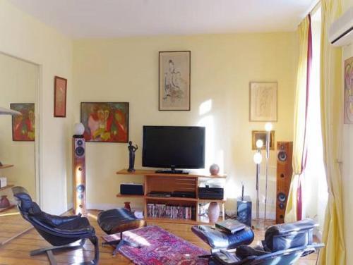 Portal Apartment