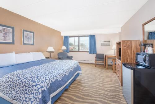 Days Inn Sioux Falls Airport SD, 57104