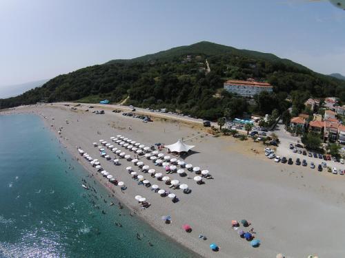 Golden Beach Hotel, AgiaKambos