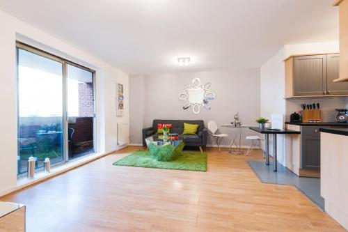 FG Apartment - Earls Court, Sherborne Court