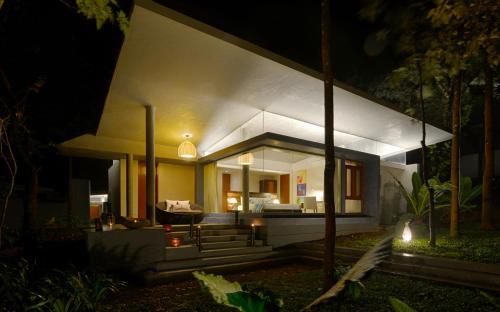 Java Rain Resort