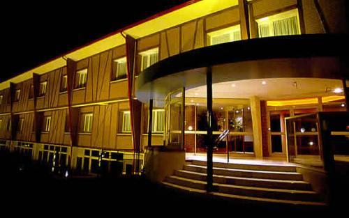 Отель Hotel Le Saint Aubin 3 звезды Франция