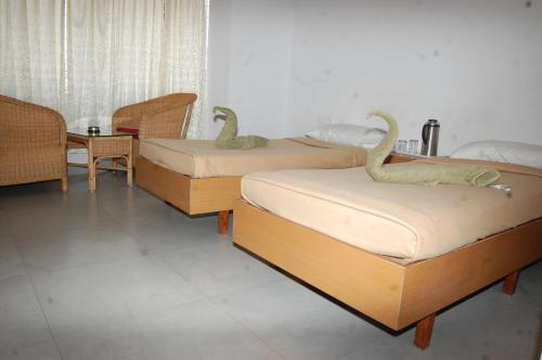 Hotel Mayura Sangama Mekedatu