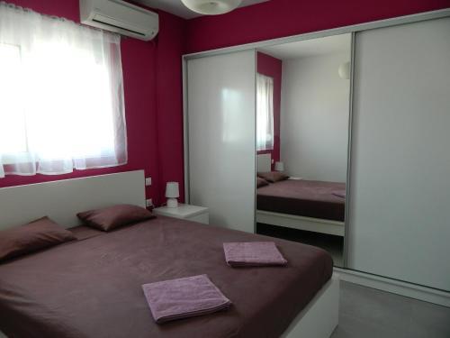 Kalithies apartment