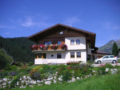 Aparthaus Birkenheim - Apartment mit 2 Schlafzimmern (2-3 Erwachsene) mit Balkon