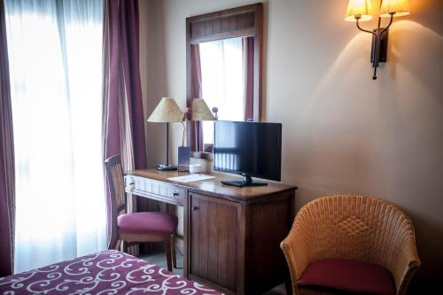 Gran Hotel Ciudad Del Sur 18