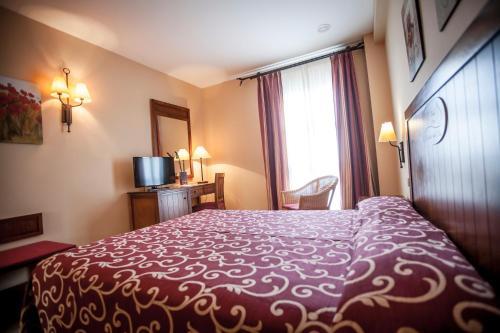 Gran Hotel Ciudad Del Sur 14
