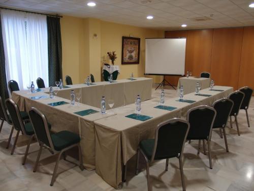Gran Hotel Ciudad Del Sur 37