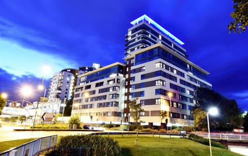 Skyline Plaza, Luxury Downtown Apartments hotel in Basingstoke