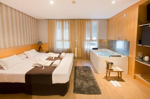 3 starts hotel in Valencia