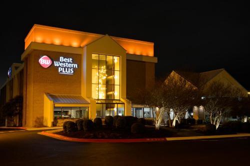 3 starts hotel in Austin