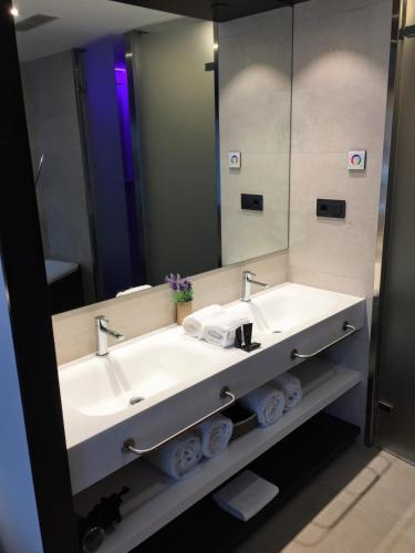Suite Vila Arenys Hotel 3