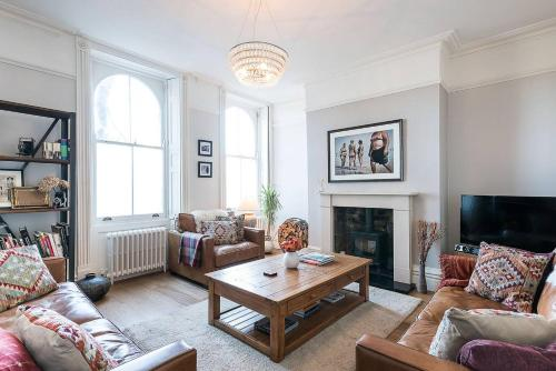 Clapham Road Apartment