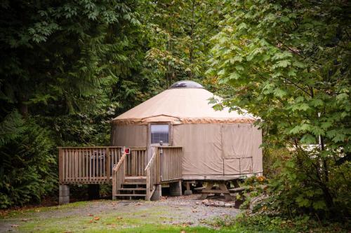 Mount Vernon Camping Resort 20 ft. Yurt 1