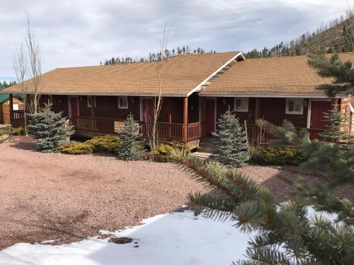 Aspen Meadow Rooms