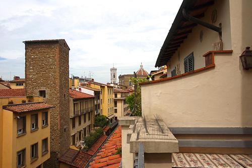 Santo Stefano Apartment