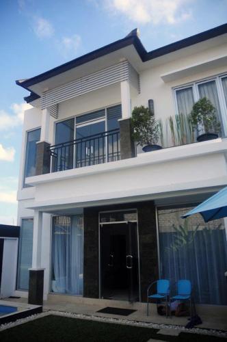 10 Best Villas In Jimbaran Bali With Beach Access Trip101