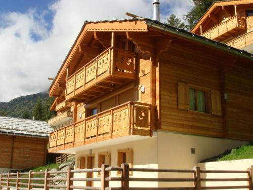 Lovely Chalet with Sauna in Heremence
