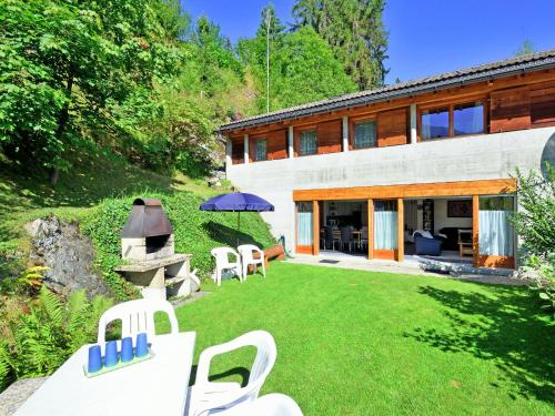 Gorgeous Holiday Home in Riddes With Terrace