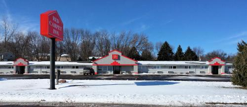 Red Carpet Inn - Windom