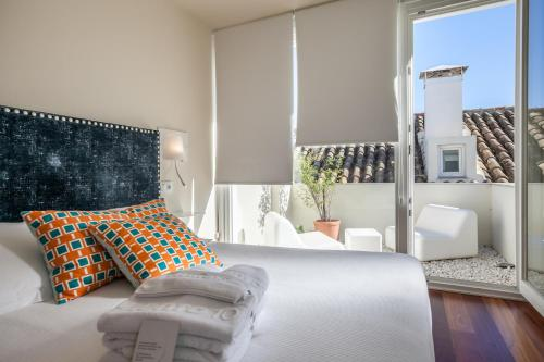 Double Room with Terrace Hotel Viento10 6
