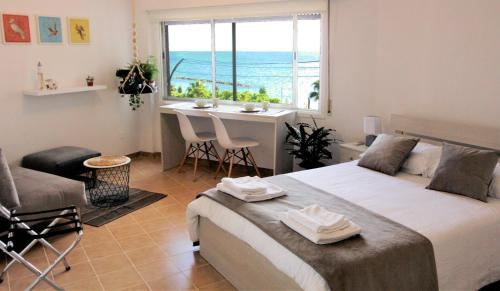Studio with sea view in Limassol City Centre