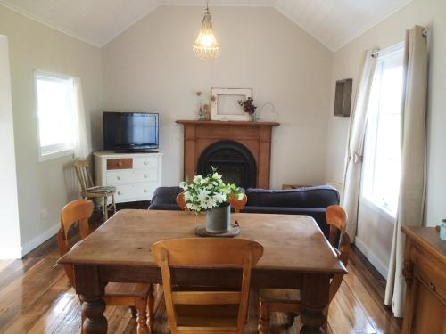 Robin Hoods Well Farm Stay