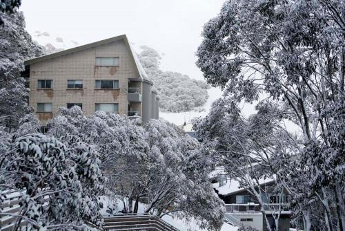 Alpine View Apartments