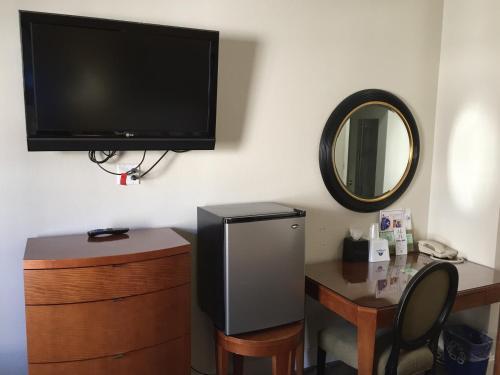 Americas Best Value Inn & Suites - SoMa