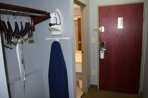 Best PayPal Hotel in ➦ Maumelle (AR): Americas Best Value Inn And Suites Little Rock Maumelle