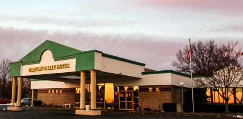 Newburgh Ny Motels From 55 Night Motel Reservations