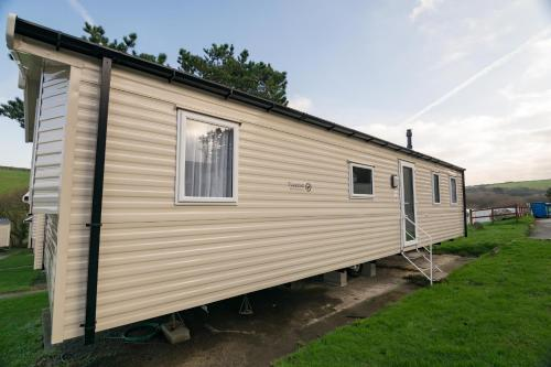8 Berth Super Deluxe Mobile Home - Dog Friendly