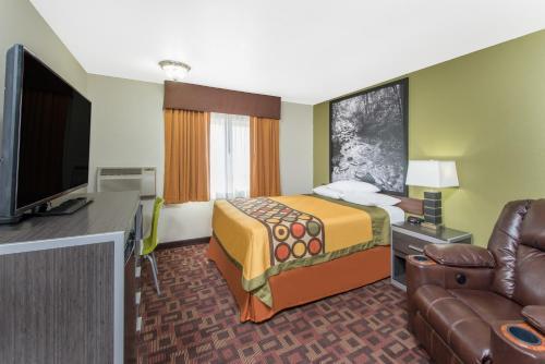 Super 8 By Wyndham Moberly Mo Hotel