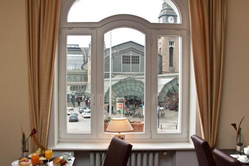Novum Hotel Kronprinz Hamburg Hauptbahnhof photo 24