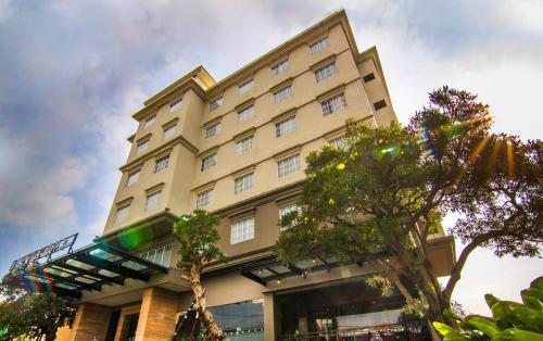 Noormans Hotel Semarang, Semarang