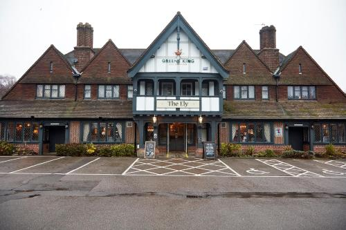 Ely Hotel