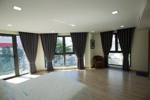 HotelPhuoc Long Villa