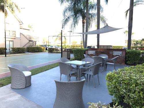 Doral Inn & Suites Miami Airport West FL, 33126