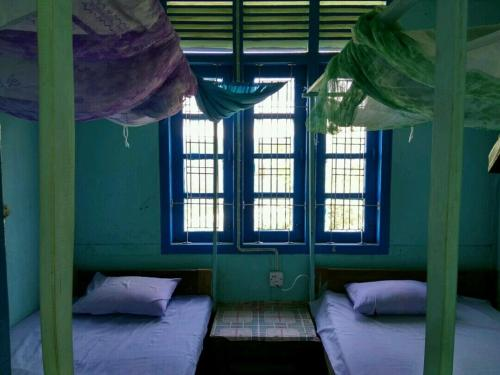 Kant Kaw Phue Guest House - Burmese Only