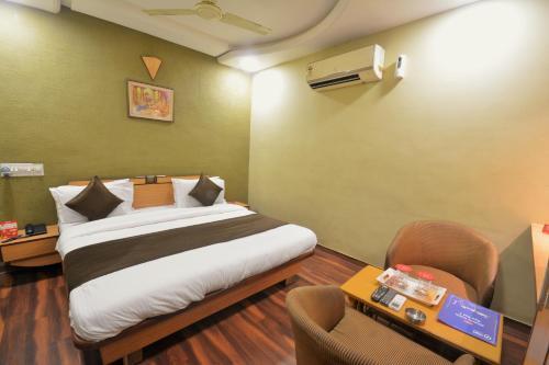 Oyo Rooms Ahmedabad Airport 3(ahm167)