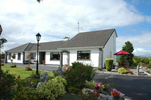 Photo of Hazel Grove Bed & Breakfast Hotel Bed and Breakfast Accommodation in Cong Mayo