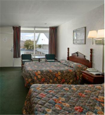 Guestroom Travel Inn
