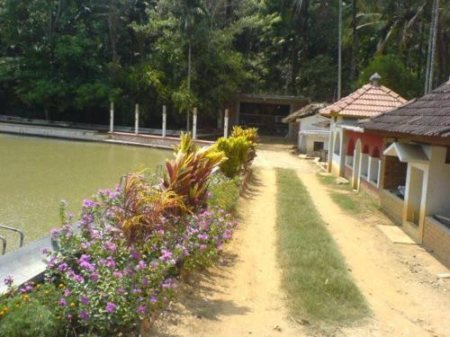 Kuruva Island Bamboo Forest Resort