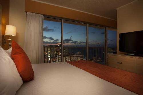 King Suite with Partial Ocean View