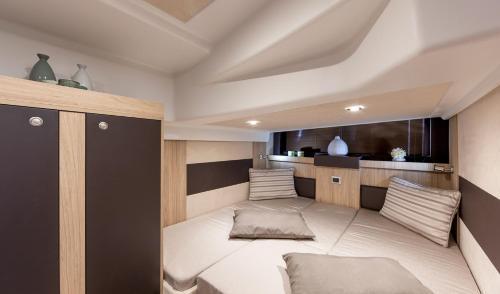 Boat accommodation Vito & Sanja