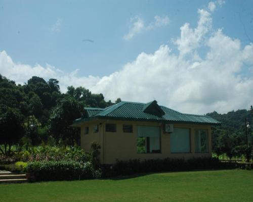 Sailani Resort & Palace