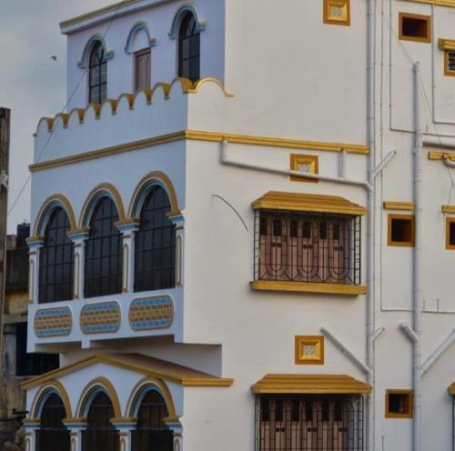 Hotel Loknath