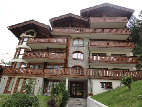 Shangri-La, Zermatt