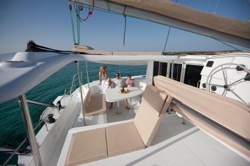 Fountaine Pajot Catamaran, Muscat
